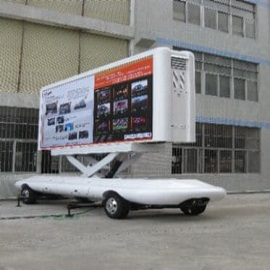 48. P10 Truck Mobile LED Screen