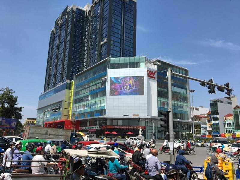The Ultimate Purchasing Guide Of Outdoor Commercial LED Advertising Screen