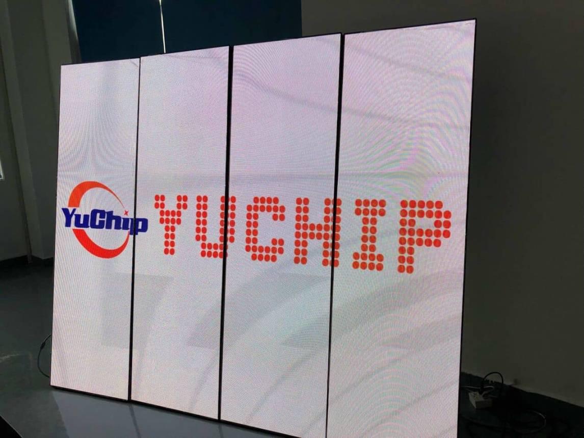 YUCHIP LED Totem