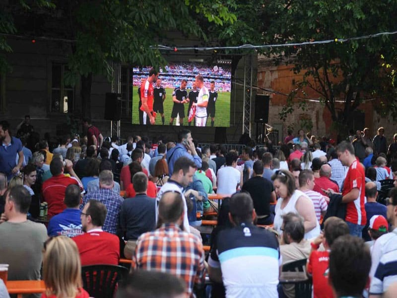 P6.25-Outdoor-LED-Display-Rental-In-Budapest1 (2) (1)